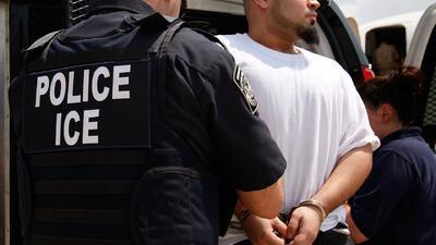 ICE dividirá a por lo menos 1,600 inmigrantes indocumentados entre cinco prisiones federales