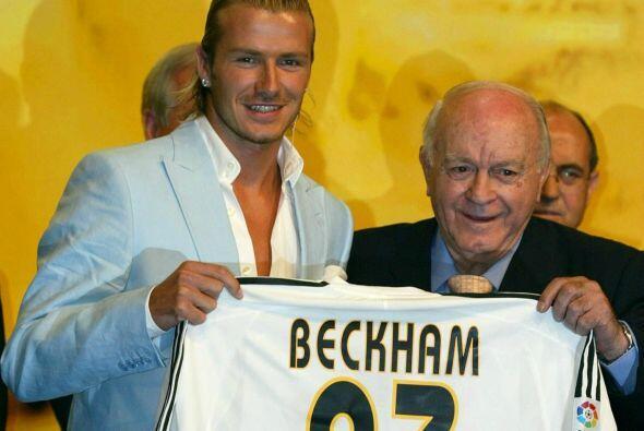 El inglés David Beckham fue una de las contrataciones más sonadas del Re...