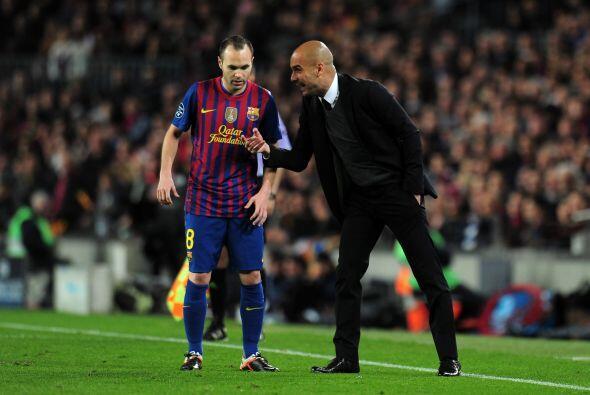 Guardiola intentó hablar con Iniesta para que sus jugadores aprovechen e...