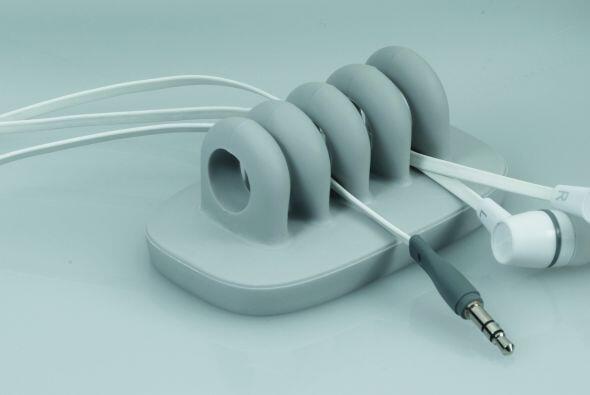 Otras opciones: Este organizador de cables, será la opción para los mole...