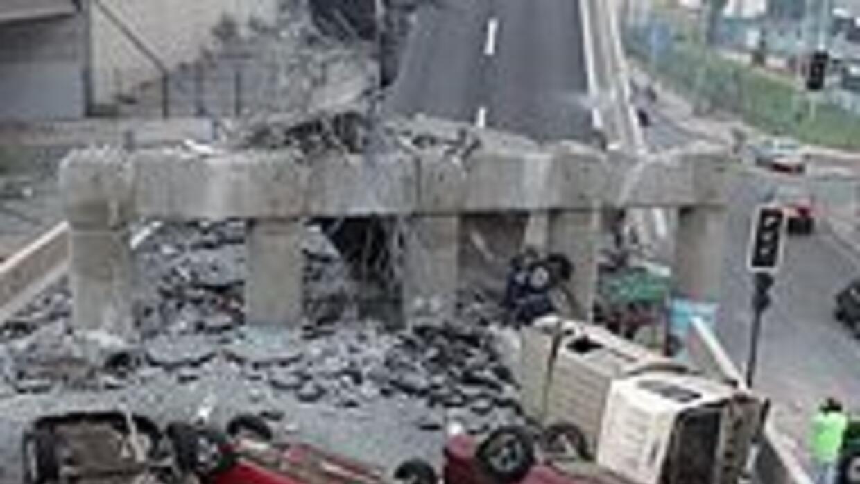 Terremoto de 8.8 grados estremeció el centro de Chile causando daños sev...