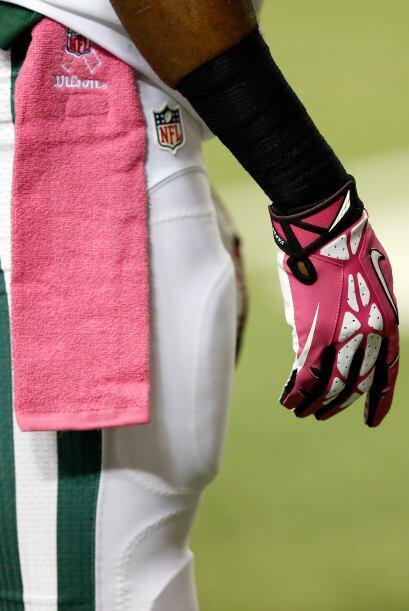 Los guantes y toallas de los jugadores durante este mes ahora ser&aacute...