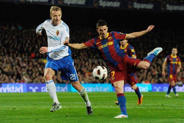 Y Villa aprovechó los minutos en cancha, se movió por todo el frente de...