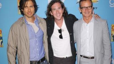Los productores de la serie de TV Glee. De izquierda a derecha Brad Falc...