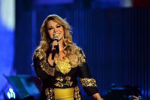 Así fue su debut en Premios Juventud 2014, esa noche Chiquis hizo que su...