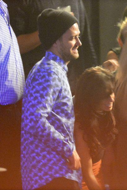 Se trata de una de las bailarinas del show de Timberlake.