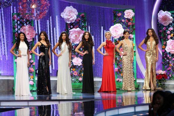 Las finalistas lucieron vestidos de Samy Gicherman.
