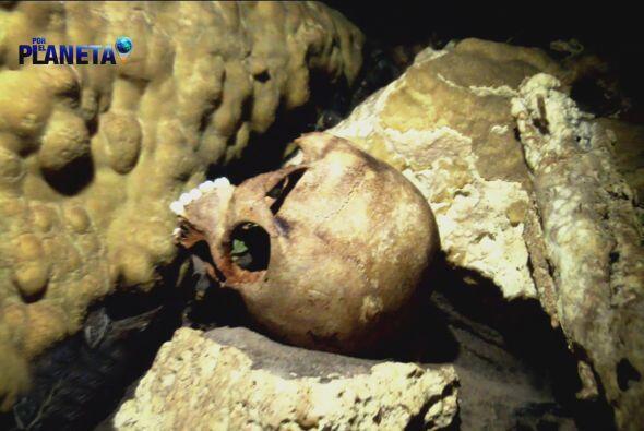 En donde se conserva intacta una ofrenda maya que ha revelado el sentido...
