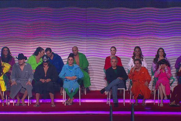 Los famosos lucieron coloridas batas pero, ¿qué hab&iacute...