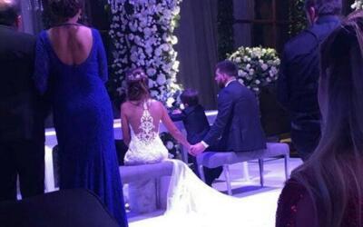 Messi y Antonela se dieron el sí; sellaron su amor con romántico beso