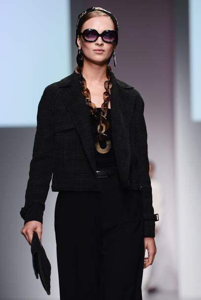 DAKS durante el fashion week London, usó cadenas extra largas.