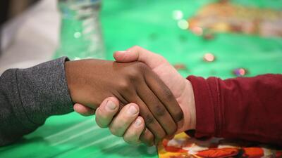 Reunión comunitaria de Acción de Gracias en Ferguson, Miss...