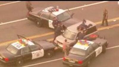 Una persecusion como pocas: mujer se da a la fuga por carretaras de Cali...