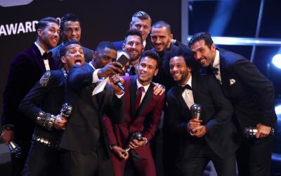 Los once elegidos en la gala The Best como el 11 ideal.