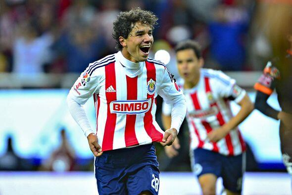 Giovani Hernández ha sido de lo más destacado en el medio...