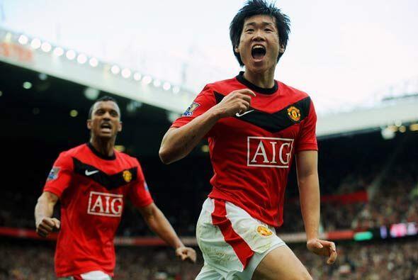 Y el coreano Park Ji-Sung puso el 2-1 definitivo para darle a su equipo...
