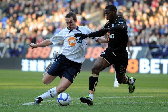 Wigan se enfrentó al Bolton y no se sacaron ventaja.