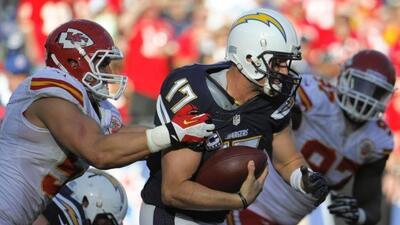 Philip Rivers lanzó tres touchdowns en el triunfo de los Packers 27 a 24...