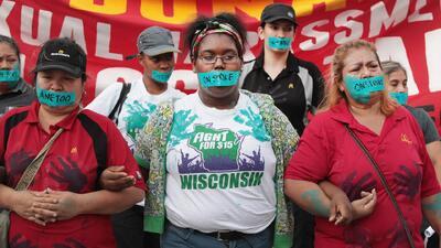 De Los Ángeles a Chicago: Trabajadores de McDonald's protestan contra el acoso sexual