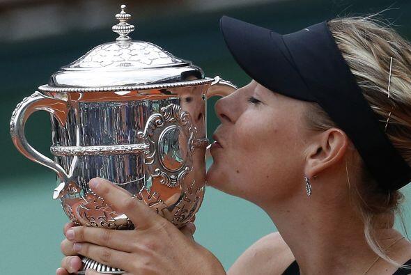 Sharapova se unió a Steffi Graf, Martina Navratilova, Chris Evert, Billi...