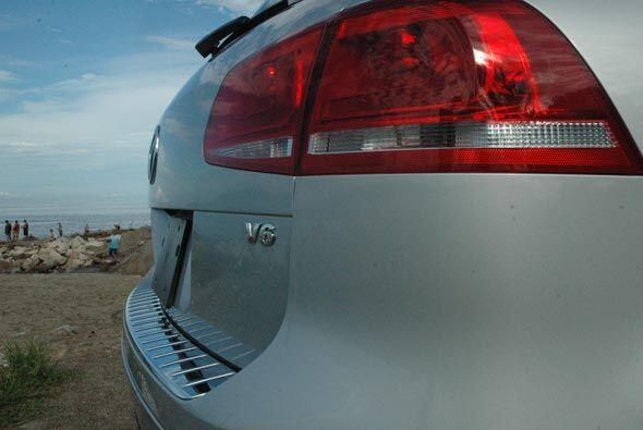 La versión de gasolina es de 3.6 litros con 280 caballos de fuerza.