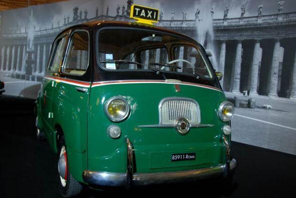 Taxi Fiat 600 Multipla 1958 Este curioso modelo, precursor de las miniva...