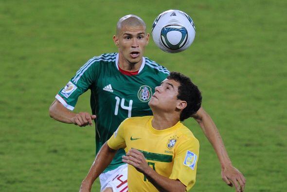 Brasileños también son el dueño del puesto 80, el creativo del Liverpool...