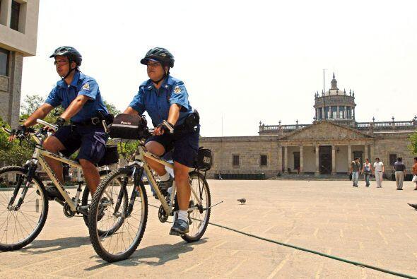 Guadalajara es una de las tres ciudades más importantes de México, está...