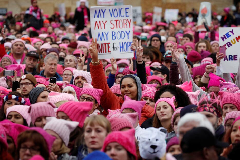 Una gran multitud rosa se toma Washington D.C. 2017-01-21T163844Z_414069...