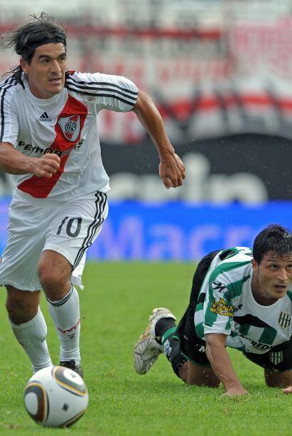 Ariel 'El burrito' Ortega se fue de River Plate y se unió a All B...