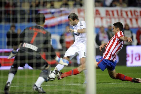 Marcelo, en esta jugada, amplió la ventaja de los merengues.