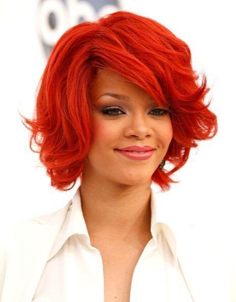 No sólo con el peinado, sino también con el tinte y el color de su cabel...