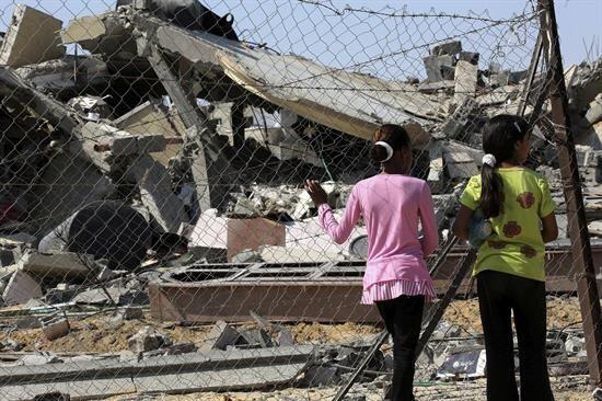 La reacción internacional ha sido condenar los ataques de ambas p...