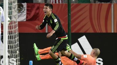 El camino del 'Chucky' Lozano, el joven maravilla del fútbol mexicano