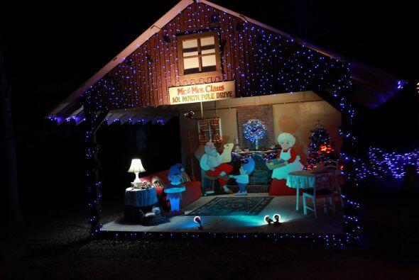 Y es que este lugar al norte de Houston es a donde Santa llega cuando ha...