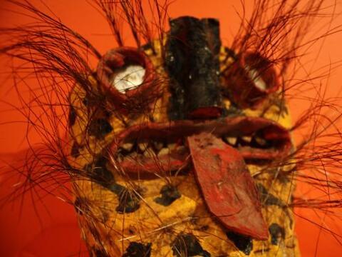 El museo Mexic-Arte está presentando actualmente dos exposiciones...