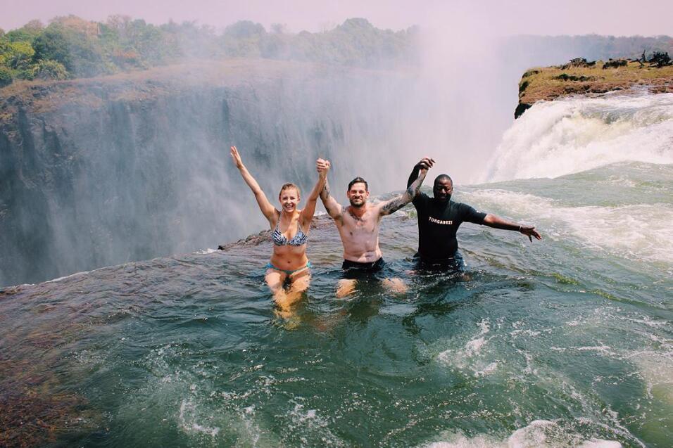 Devil's Pool, Victoria Falls (Zambia)Para los amantes del riesgo, es...