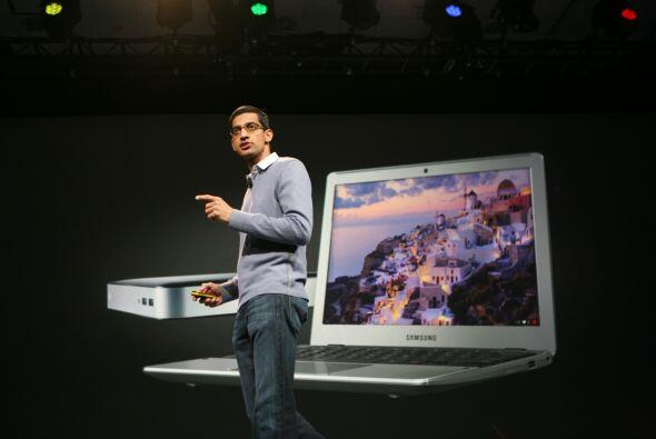 Google presentó la Samsung Chromebook. Tiene un sistema operativo Chrome...