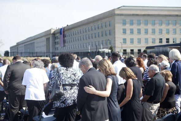 El presidente Obama no llegó a tiempo ya que se encontraba en las ceremo...