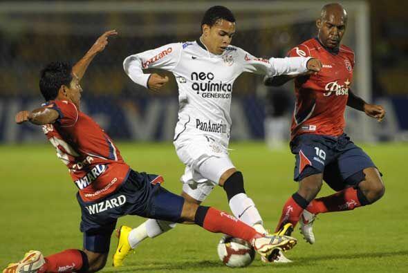 Por el Grupo 1 de la Copa Libertadores, Corinthians le arrebató u...