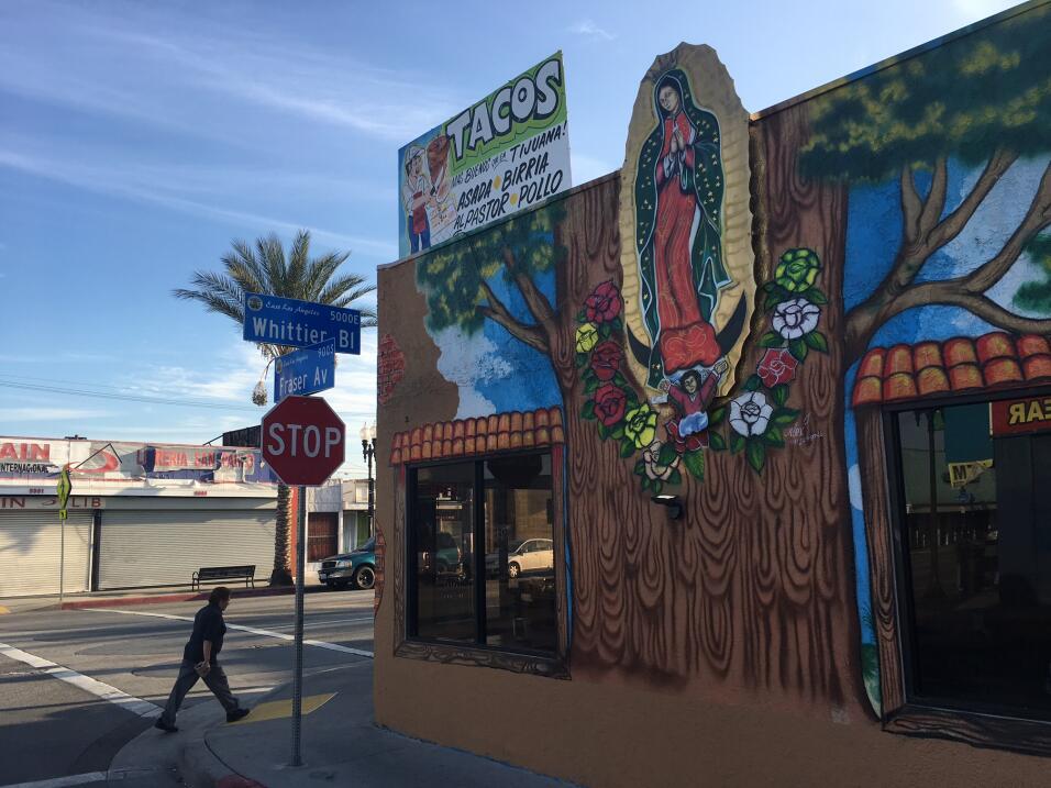 Una taquería en Los Ángeles apela al cuidado de la Madre d...