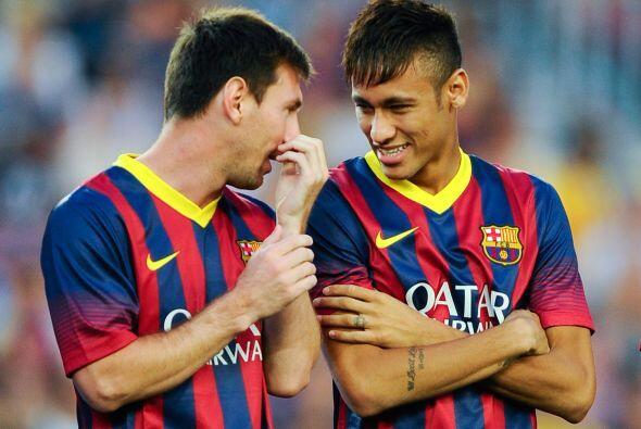 Buena comunicación un muchas risas entre los dos astros del Barcelona.