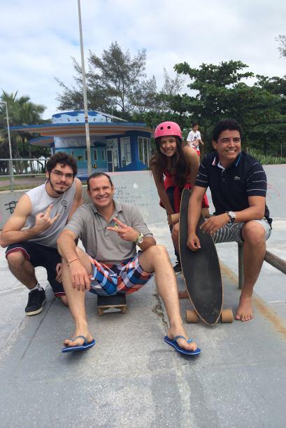 Este viernes 20 de junio, Alan y Orlando fueron a un parque de patinaje...