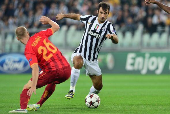 La Juventus recibía al Galatasaray que ya contaba con Roberto Mancini en...