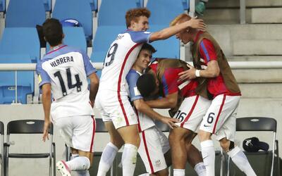 Estados Unidos vino de atrás para empatar 3-3 con Ecuador.