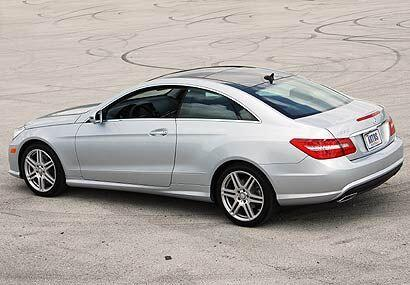 El nuevo Mercedes-Benz E Class Coupé reemplazá el modelo CLK para la lín...