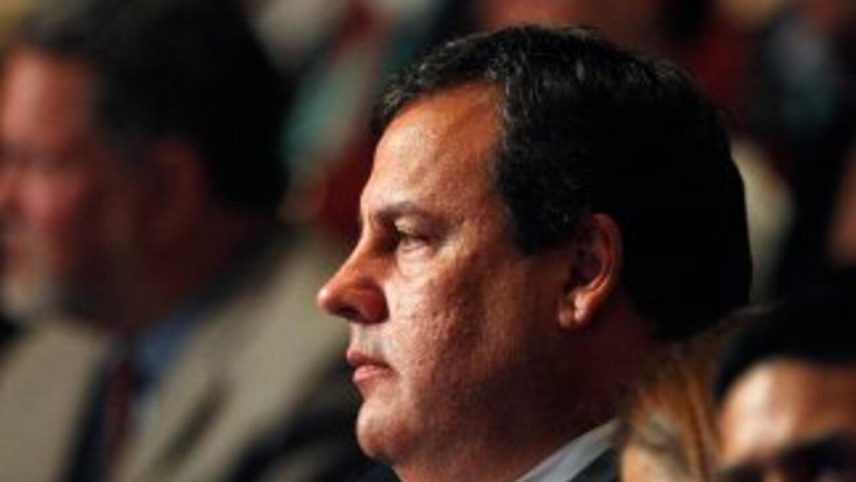 Correos electrónicos muestra que colaboradores del gobernador de NJ cerr...