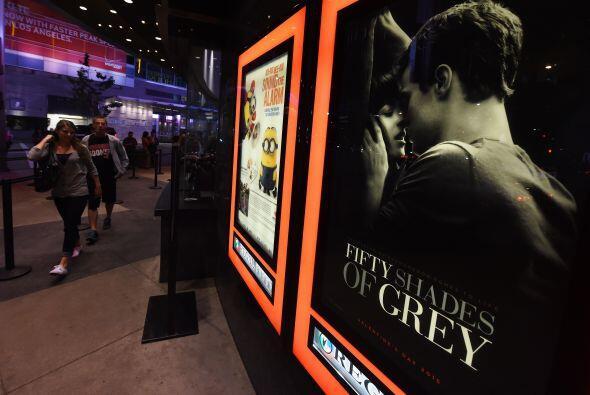 En el marco del día de San Valentín, se espera que la película sea la má...