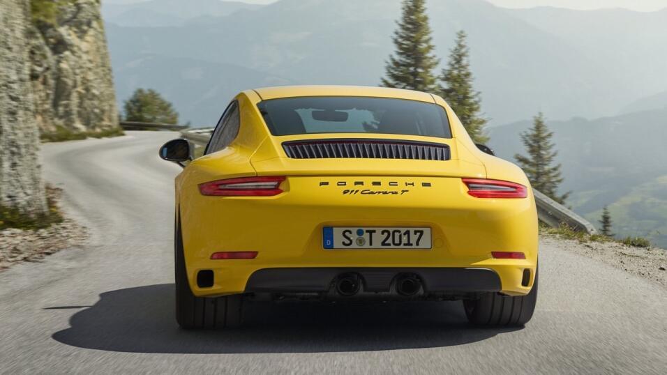 El Porsche 911 Carrera T es lo más cerca a la pureza mecánica que podemo...