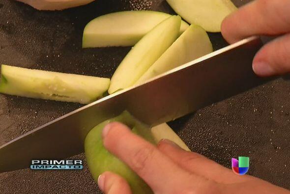 Para suavizar el sabor, se le pone manzana, o toronja y jengibre.